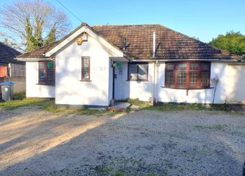 4 bed bungalow to rent in Richings Way, Iver SL0