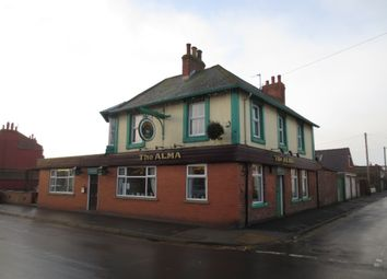 Thumbnail Pub/bar for sale in 34 Queens Street, Withernsea