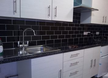 Thumbnail Room to rent in Second Floor Flat, Uppingham Gardens