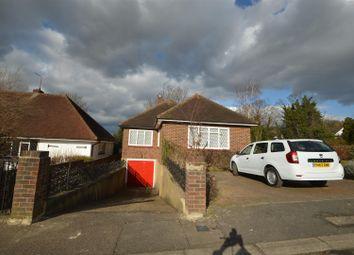 Thumbnail 5 bedroom detached house to rent in Fernside, Buckhurst Hill