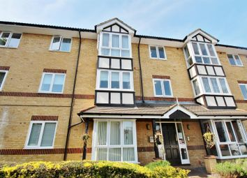 Thumbnail 1 bed flat to rent in Edison Road, Welling