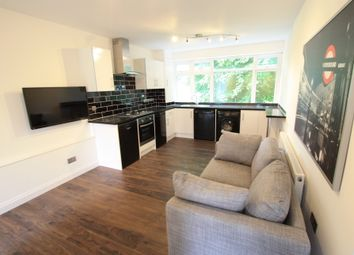 Thumbnail 3 bed flat to rent in Angell Rd, Brixton