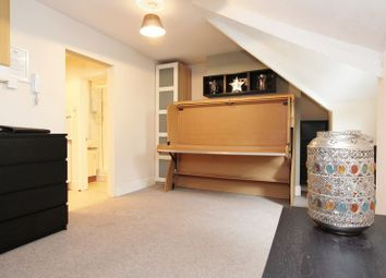 Thumbnail 1 bedroom flat to rent in Silverdale Road, Shirley, Southampton