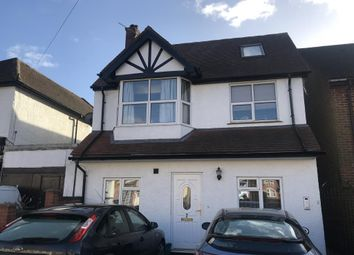 Thumbnail 1 bed flat to rent in Cinnaminta Road, Headington