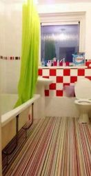 Thumbnail 3 bed flat to rent in Melbourne Court, Gateshead