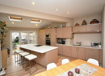 Thumbnail 3 bed property to rent in Walsworth Road, Hitchin, Hertfordshire