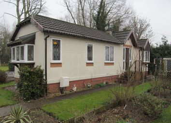 Thumbnail 2 bed mobile/park home for sale in Waterend Park, Old Basing (Ref 5519), Basingstoke, Hampshire