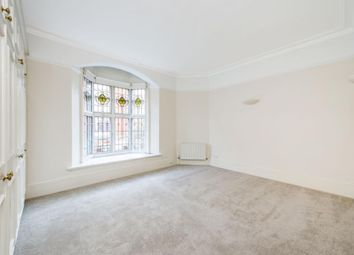 Thumbnail 3 bedroom flat to rent in New Cavendish Street, Marylebone, London