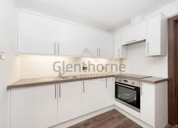 Thumbnail 2 bed flat to rent in Dawes Road, Fulham