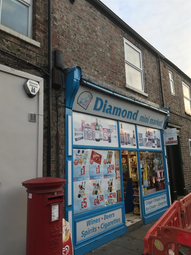 Thumbnail Retail premises for sale in Clarence Street, York