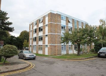 Thumbnail 1 bedroom flat to rent in Pickwick Court, London, Greater London