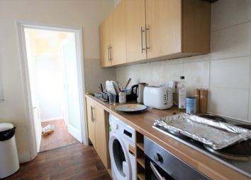 Thumbnail 3 bedroom flat to rent in Totland Road, Brighton