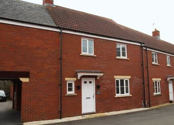 Thumbnail 3 bed town house to rent in Dolina Road, Swindon