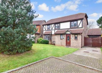 Thumbnail 5 bed detached house for sale in Bridgewater Place, Leybourne, Kent