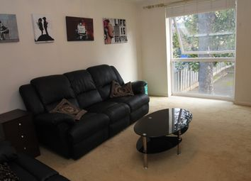 Thumbnail 1 bedroom flat to rent in Hurst Road, Croydon