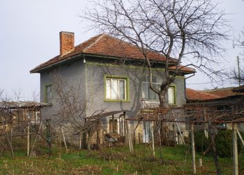 Thumbnail 4 bedroom detached house for sale in Ruse District, Village Of Krivina, 1 Km From River Danube