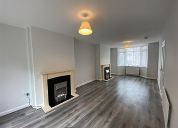 3 bed property to rent in Summerfield Road, Solihull B92