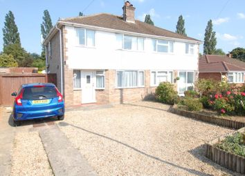 Hampden Drive, Kidlington OX5. 3 bed semi-detached house