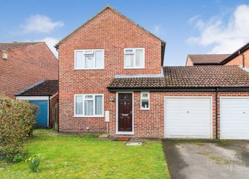 3 bed detached house for sale in Somerton Grove, Thatcham RG19