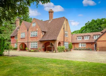 Waterhouse Lane, Kingswood KT20. 7 bed country house