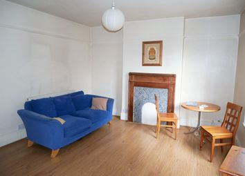 Thumbnail 1 bed flat to rent in Woodlands Grove, Isleworth