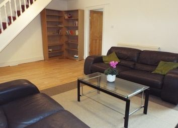 Thumbnail 4 bed flat to rent in Woodberry Grove, London