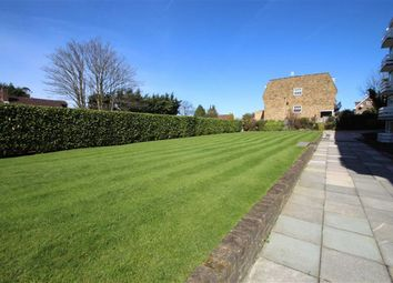 Thumbnail 2 bedroom flat for sale in Charnwood, Buckhurst Hill, Essex