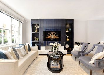 Thumbnail 4 bed mews house to rent in Clabon Mews, Knightsbridge