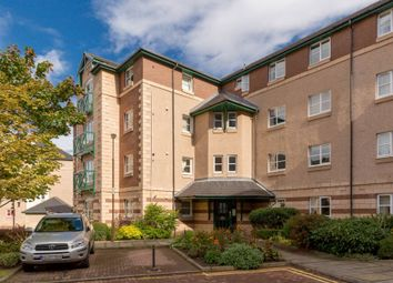 Thumbnail 2 bed flat for sale in Silvermills, Edinburgh