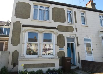 3 bed property to rent in Sturdee Avenue, Gillingham ME7