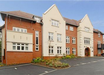 Thumbnail 1 bed flat to rent in Highcroft Road, Winchester