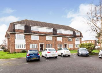 Thumbnail 2 bed flat for sale in Hemingford Road, Sutton