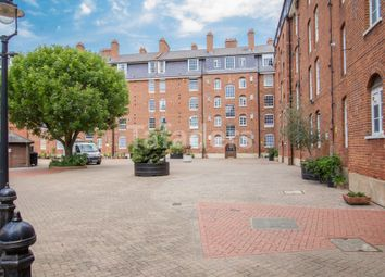 Thumbnail 1 bed flat for sale in Gainsborough House, Erasmus Street, London