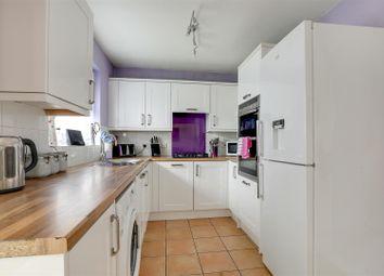 4 bed detached house for sale in Rettendon Drive, Milton Regis, Sittingbourne ME10