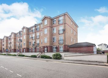 2 bed flat for sale in Grove Road, Luton LU1