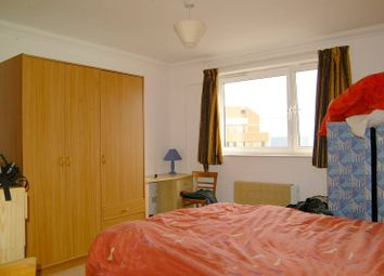 Thumbnail 2 bedroom flat to rent in Seraph Court, Finsbury
