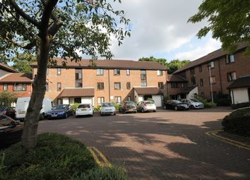 1 bed flat to rent in Stags Way, Osterley, Isleworth TW7