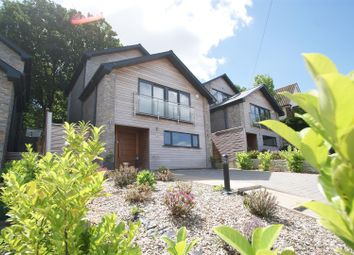 Thumbnail 5 bed property for sale in Hillview Road, Rayleigh
