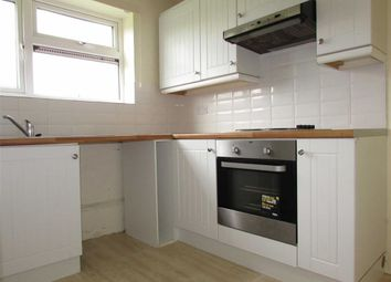 Thumbnail 1 bed flat to rent in Aspley Close, Luton