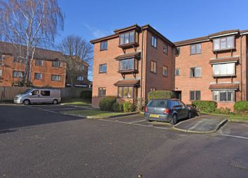 Thumbnail 1 bed flat to rent in Newport Road, Aldershot