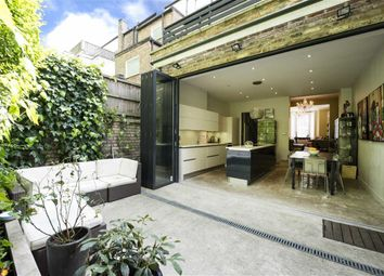 Thumbnail 4 bed town house to rent in North End Road, Golders Green