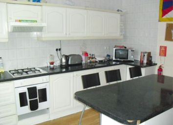 Thumbnail 6 bed shared accommodation to rent in Beechwood Mount, Burley, Leeds