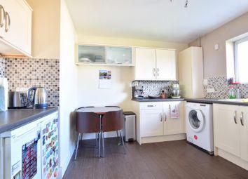 2 bed maisonette to rent in Pinn Close, Cowley, Uxbridge UB8