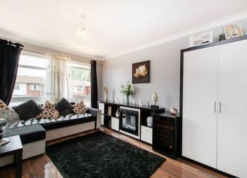 Thumbnail 1 bed flat for sale in Chiswick Close, Waddon