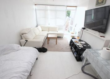 Thumbnail 2 bed property for sale in Lysander House, Temple Street, London