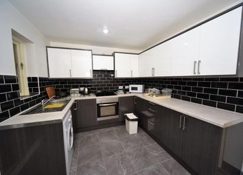 Thumbnail 2 bed town house to rent in Kingfisher Walk, Colindale