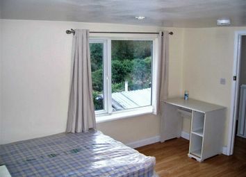 Thumbnail Room to rent in Farley Hill, Luton