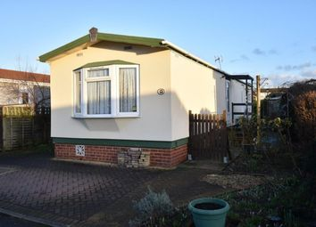 Thumbnail 1 bed mobile/park home for sale in Surrey Hills Park, Guildford