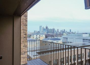 1 bed flat to rent in Surrey Quays Road, London SE16