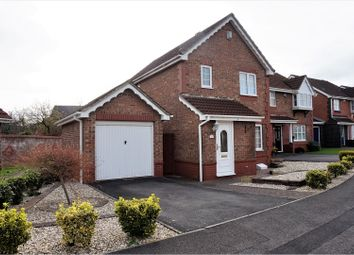 Thumbnail 3 bedroom detached house for sale in Wheatfield Drive, Bradley Stoke